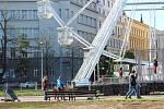Vyhlídkové kolo na Moravském náměstí.