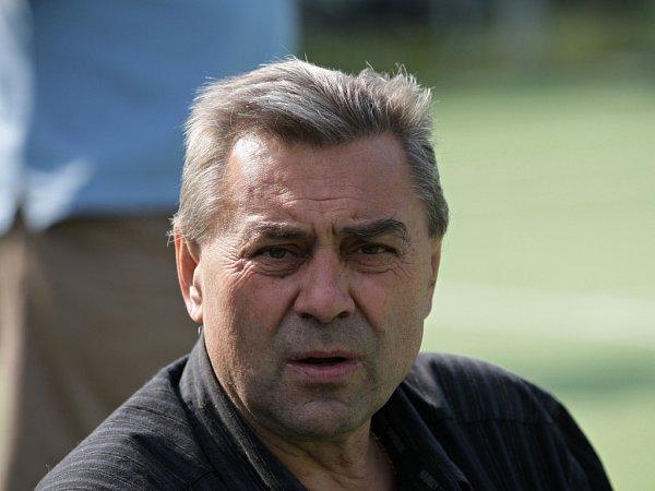 Karel Kroupa.
