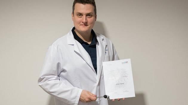 Jednatřicetiletý neurolog z brněnské Fakultní nemocnice u svaté Anny Ondřej Volný.