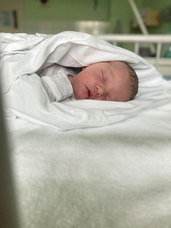 Adam Skácel, 26. 3. 2021, Nemocnice Vyškov, 3670 g, 51 cm