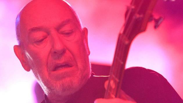 Baskytarista skupiny Nazareth Pete Agnew.