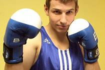 Boxer brněnského týmu NetDevelopment Jan Sedlák si přezdívku bakalář vydobyl díky vysokoškolskému titulu.