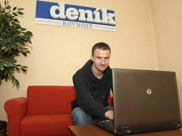 Tomáš Frejlach při online rozhovoru v redakci Brněnského deníku Rovnost.