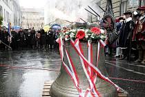 Nový zvon věnovaný Martinu Středovi posvěcený papežem zvoní od středy v brněnském kostele Nanebevzetí panny Marie.