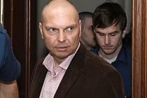 Miloš Almásy byl odsouzen k devíti letům vězení a peněžitému trestu 1,2 milionu korun.