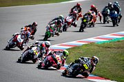 Finálový závod Moto3 Velká cena České republiky, závod mistrovství světa silničních motocyklů v Brně 4. srpna 2019.  Na snímku (vepředu) Raul Fernandez (SPA), za ním Tony Arbolino (ITA).