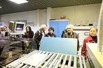 Čtenáři Deníku Rovnost si prohlédli olomouckou tiskárnu Novotisk, kde se tisknou jejich oblíbené noviny.