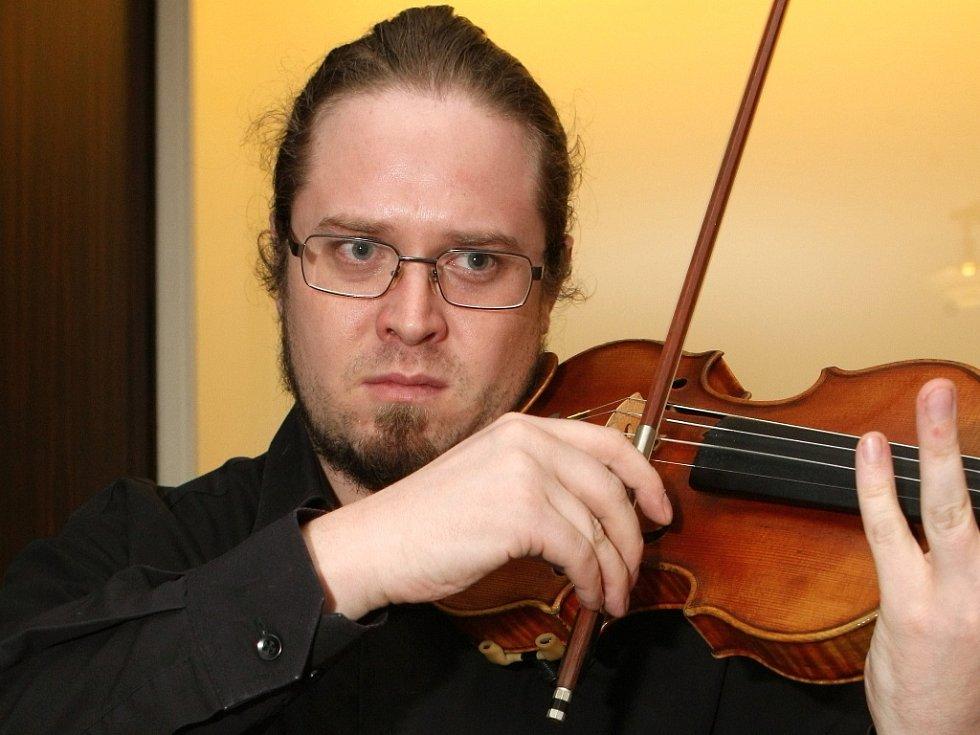 Koncert souboru Brno Contemporary Orchestra v brněnské vile Tugendhat.