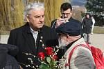 Brno 5.3.2019 - pohřeb Jiřího Pechy na Ústředním hřbitově v Brně - na snímku Miroslav Donutil a Arnošt Goldflam