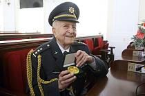 Plukovník Otakar Pospíšil převzal Medaile Jihomoravského kraje