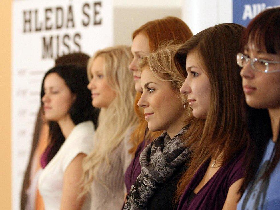 Pondělní casting soutěže Česká Miss v Brně.