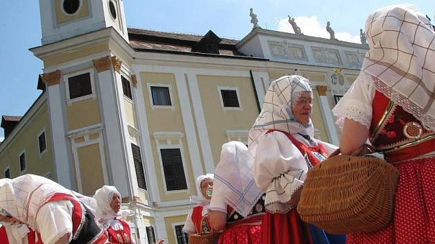 Nedělní program festivalu se odehraje na milotickém zámku.