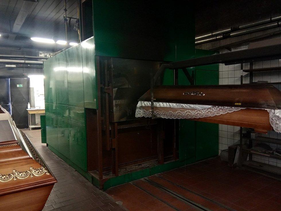 Brněnské krematorium má tři pece, jedna z nich je teď kvůli údržbě odstavená.