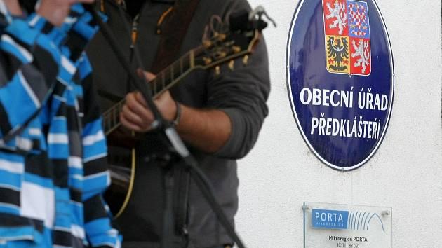 Oslavy dne mikroregionu Porta v Předklášteří na Brněnsku.