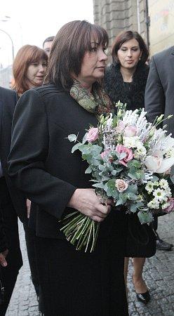 Miloš Zeman smanželkou při příjezdu ke Krajskému úřadu Jihomoravského kraje. Prezident tam zahájil třídenní návštěvu jižní Moravy.