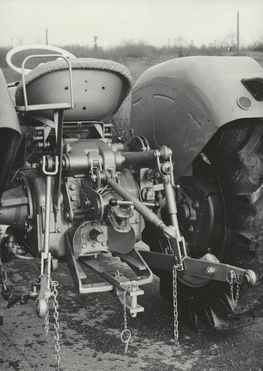 Závěsy a Zetormatic přibližně kolem roku 1960.