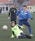 Vyškov (v modrém) na turnaji v Líšni zdolal Bystrc 3:1.