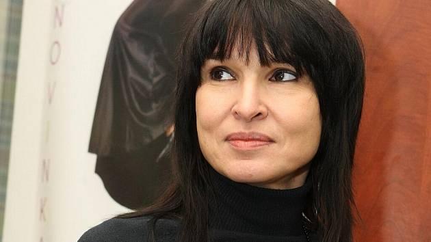 Spisovatelka Simona Monyová.