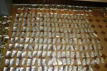 Kriminalisté našli nejenom pomůcky na výrobu pervitinu.