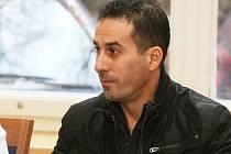 Mohamed Maredj byl jedním z řidičů, kteří podvodně převáželi auta do Alžíru. Čeká ho rok a půl vězení.