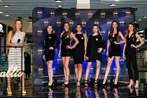 Kandidátky na prestižní titul Miss Czech republik při castingu předstoupily před porotou ve dvou kolech.