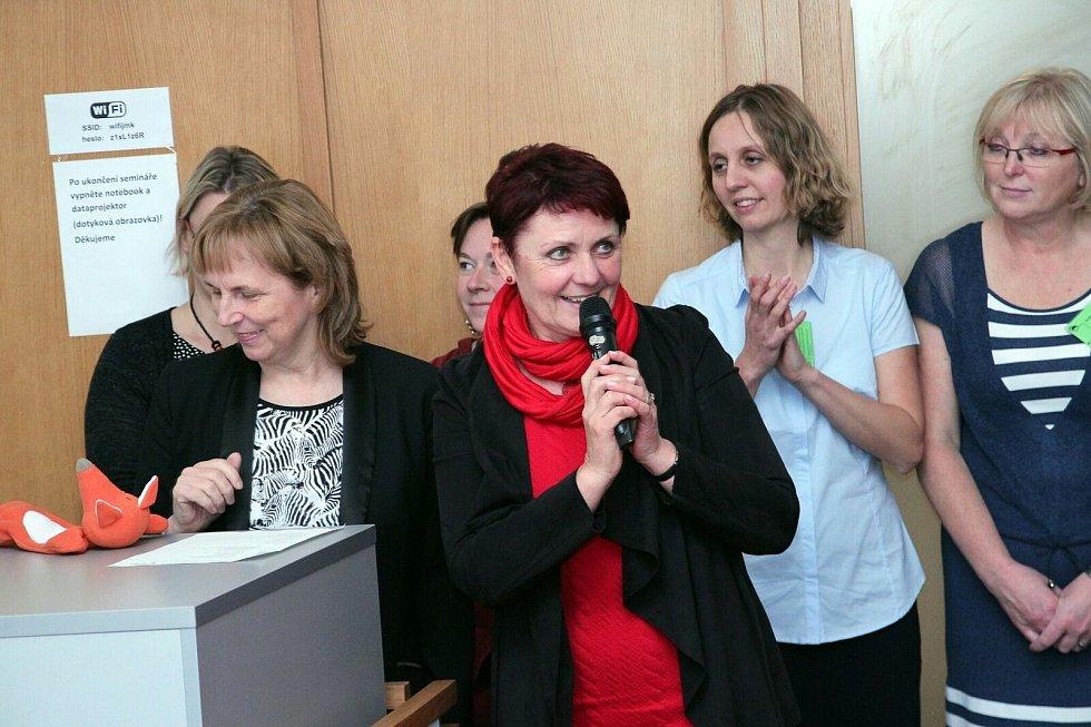 Hana Korvasová působí jako ředitelka brněnského školského střediska pro environmentální vzdělávání Lipka skoro dvacet let. Vzdělávání v oblasti životního prostředí se věnuje asi čtyři dekády.