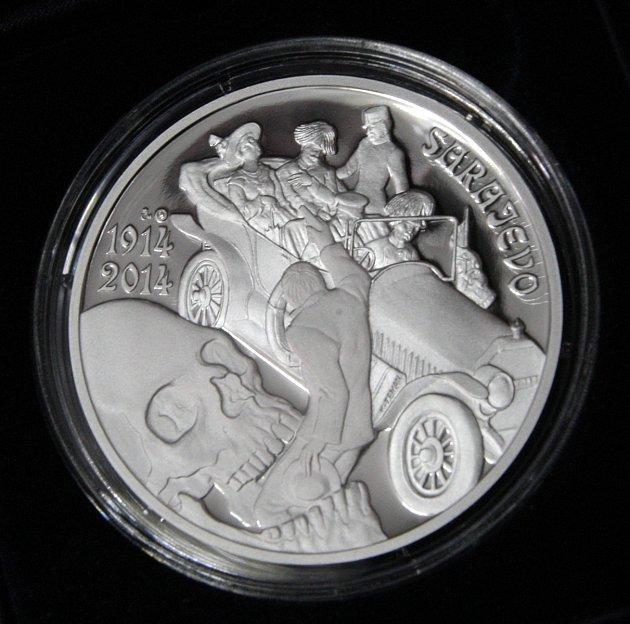 Pamětní medaile na řidiče Leopolda Lojku.