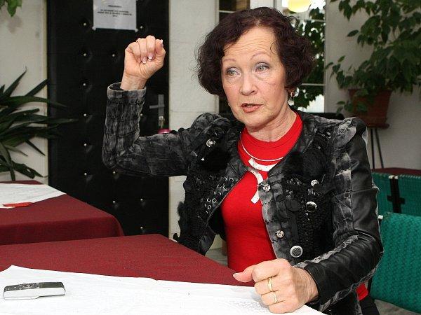 Spolumajitelka Taneční školy Starlet Brno, lektorka a porotkyně Vlasta Buryanová
