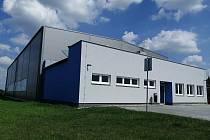 V Blučině slavnostně otevřeli v poslední srpnovou sobotu novou multifunkční sportovní halu.