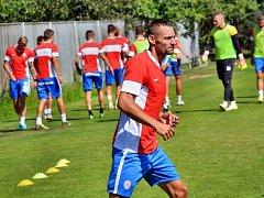 Karviné pomohl do nejvyšší soutěže, o totéž se v nadcházejícím ročníku pokusí v Brně. Třetí letní posilou fotbalistů Zbrojovky se stal obránce Pavel Eismann.