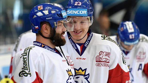 Úvodní zápas Carlson Hockey Games v brněnské DRFG aréně mezi Českou republikou v bílém (Dmitrij Jaškin) a Finskem.