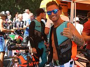 Jezdci Moto GP si na Brněnské přehradě vyzkoušeli jízdu na JetSurfu - Mattia Pasini.