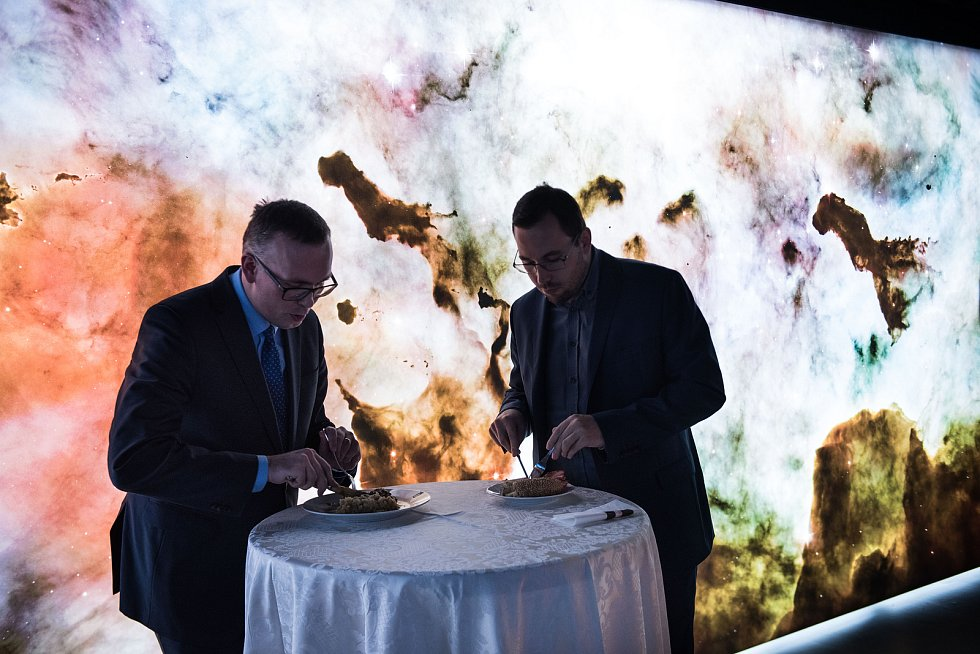 Setkání s hejtmanem Jihomoravského kraje Bohumilem Šimkem při panelové diskuzi v rámci projektu Deník s vámi na brněnské hvězdárně.
