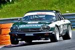 David Bečvář a jeho Jaguar XJS.