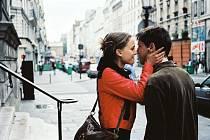 OSLAVOVANÁ PAŘÍŽ. Snímek Paříži, miluji Tě, natočilo několik světoznámých režisérů.