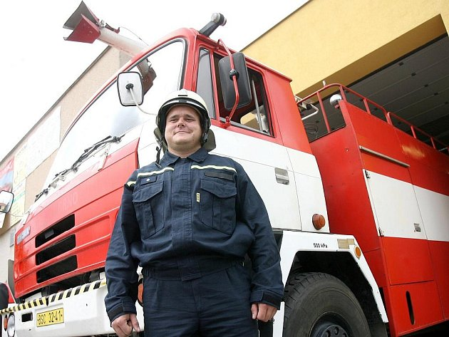 Žebětínští dobrovolní hasiči dostali nový vůz.