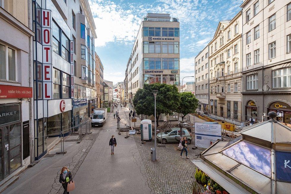 Současný stav prostranství mezi Českou, Veselou a Solniční v centru Brna.