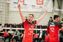 Volejbalista Marek Zmrhal (s číslem 19) přestoupil do Brna z Českých Budějovic.