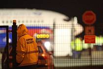 Letadlo do Moskvy vjelo v Tuřanech mimo dráhu