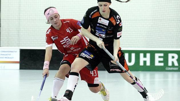 Florbalistky Židenic prohrály na domácí palubovce oba čtvrtfinálové zápasy.
