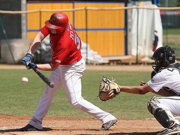 Baseballisté Techniky Brno (v červeném Martin Zelinka) - ilustrační fotografie.