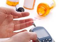 ILUSTRAČNÍ FOTO: Měření krevního cukru