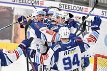 Euforie hokejistů Komety po postupu do čtvrtfinále.