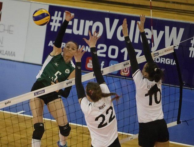 Povedený vstup do Vyzývacího poháru za sebou mají volejbalistky KP Brno. V prvním kole ve středu porazily doma 3:0 rakouský celek Niederösterreich Post Vídeň.