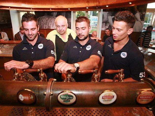 Nově zrekonstruovanou pivnici otevřel starobrněnský pivovar na Mendlově náměstí.