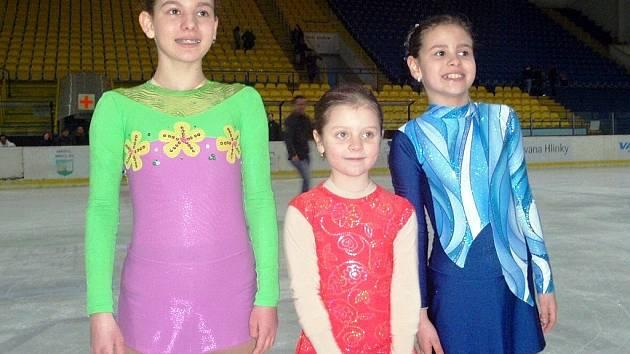 Tří břeclavské medailistky z Hodonína. Zleva Gábina Gulíšková, Ivana Kratochvílová a Karolína Gulíšková.