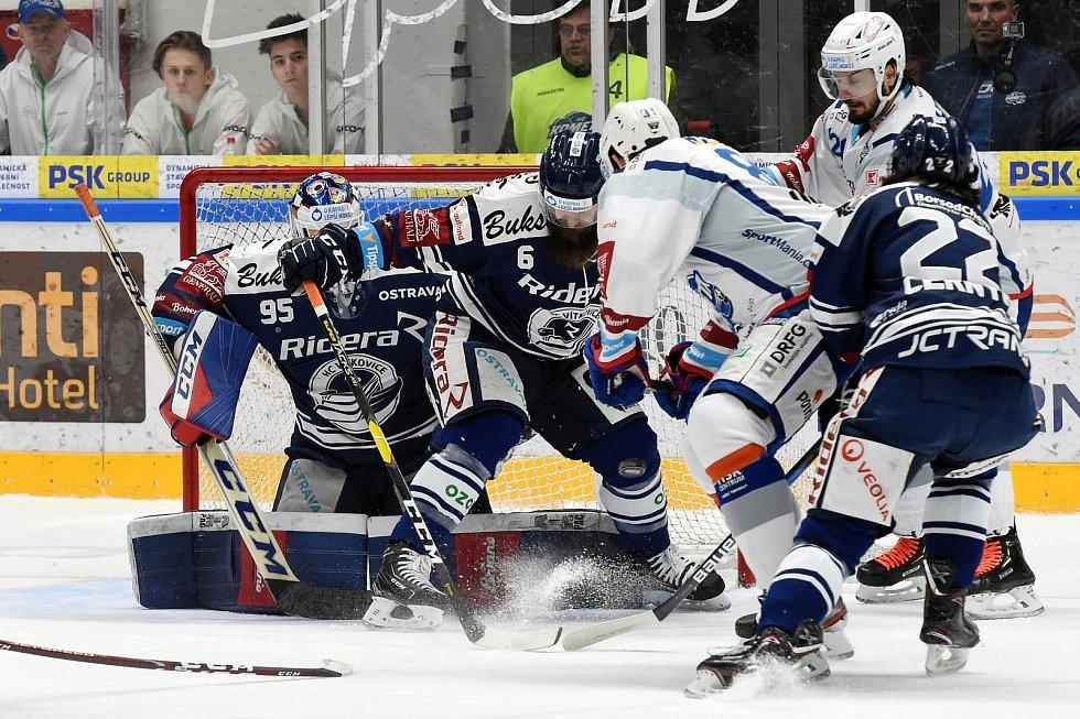 Domácí HC Kometa Brno v bílém proti HC Vítkovice Ridera