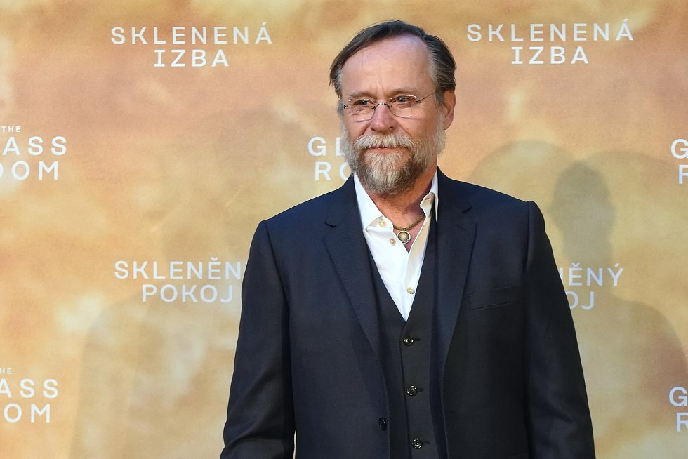 Brno 12.3.2019 - Slavnostní premiéra filmu Skleněný pokoj v brněnském univerzitním kině Scala - Karel Roden.