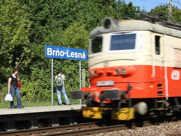 Poslední z nových železničních zastávek v Brně dráhy otevřely v prosinci roku 2006 na Lesné.