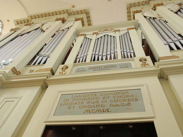 Varhany v brněnské katedrále na Petrově.